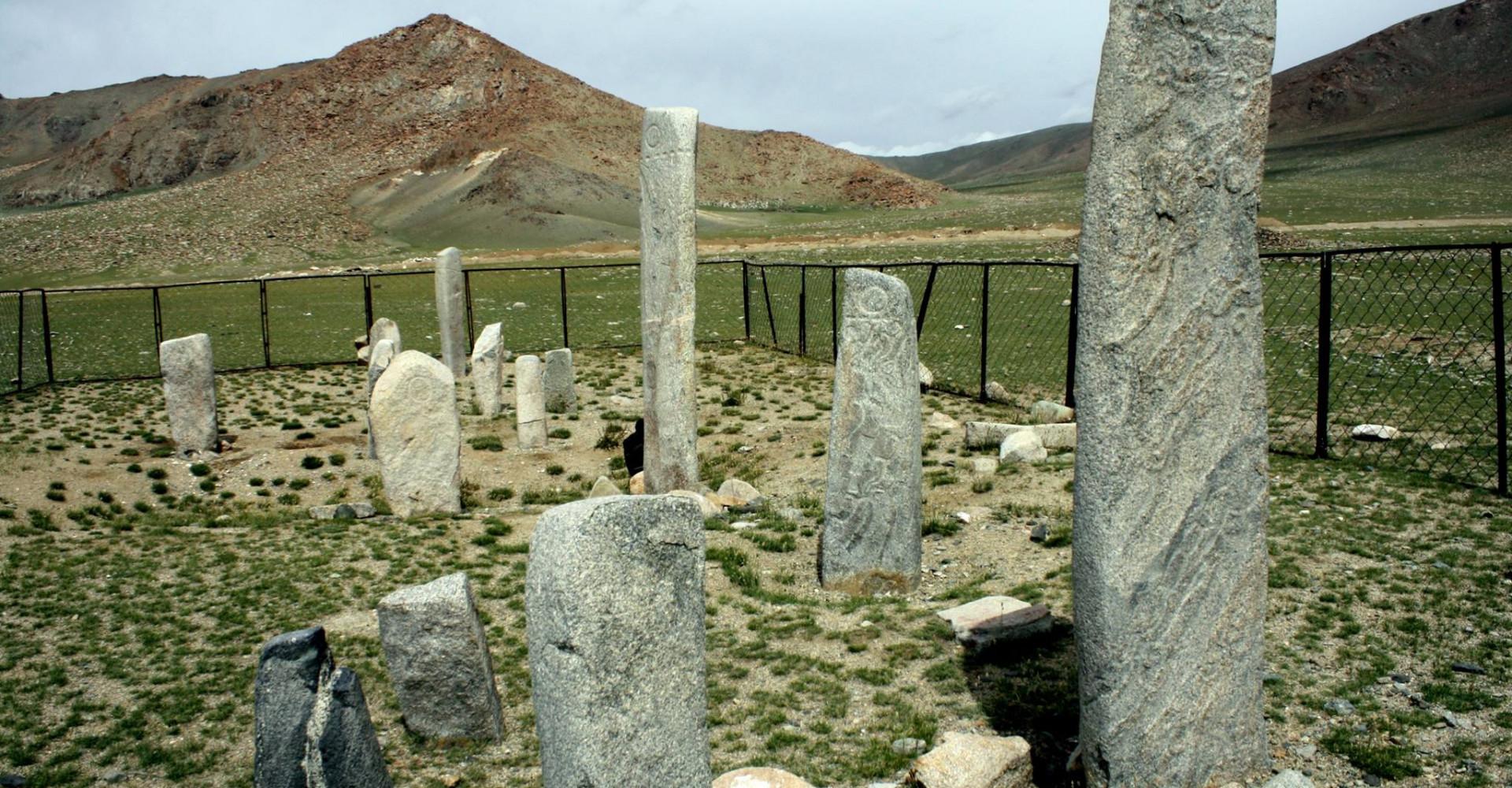 Bayanzurkh Deer stone comples