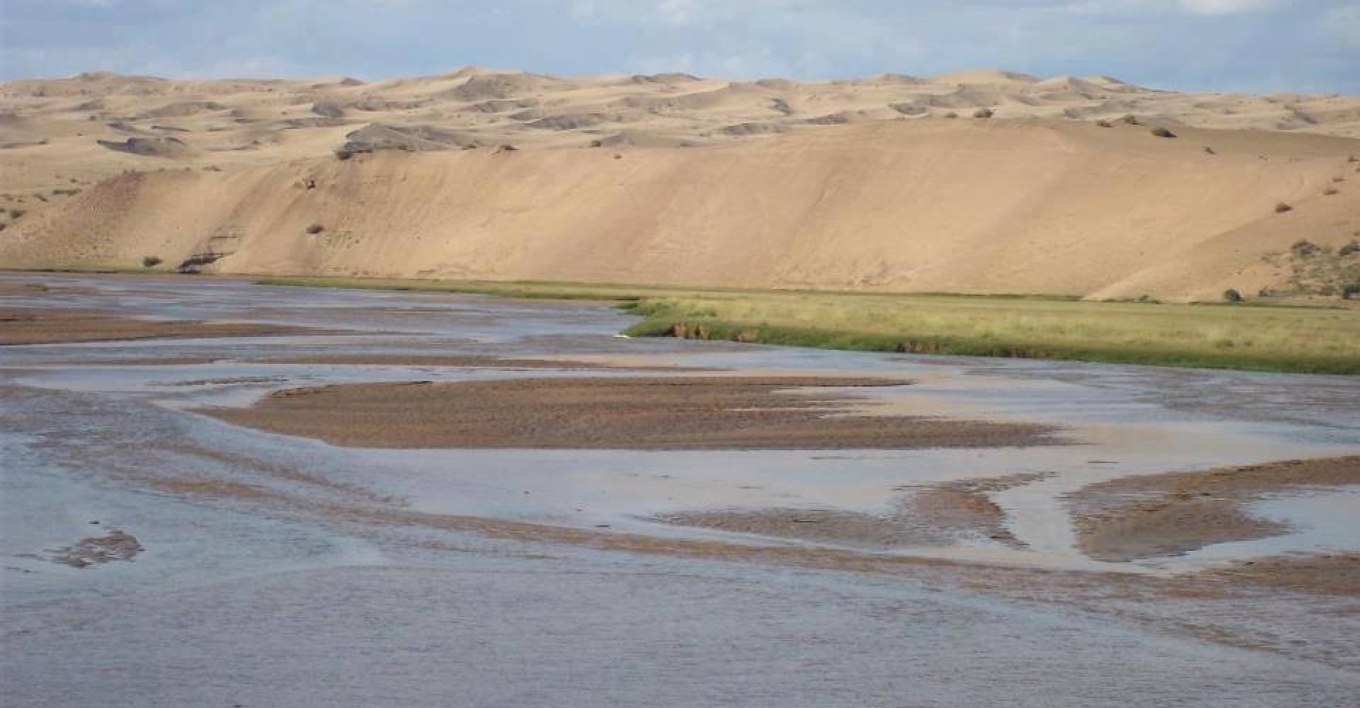 Bor Khyriin Elsen Suv /Bor Khyriin Sand Piece/