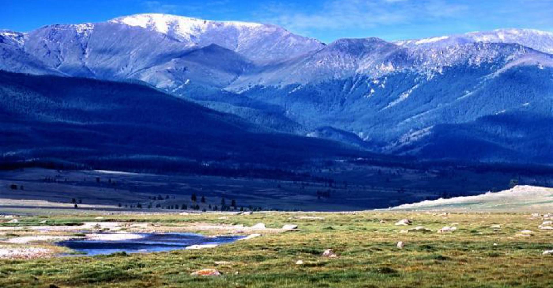 Khankhukhii mountains