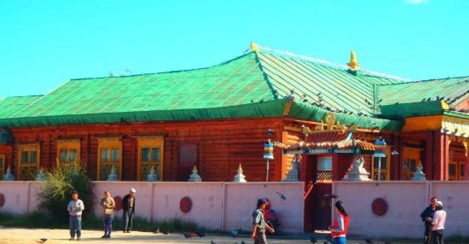 Kharagiin Monastery